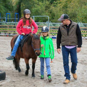 Termine für Oster- und Sommerferienfreizeit mit dem Pony Club